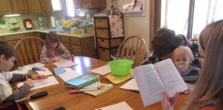 Homeschooling - Gustoff family in Des Moines 009 - IowaPolitics.com